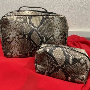 Victoria's Secret 2piece Travel Cosmetic Case NWOT